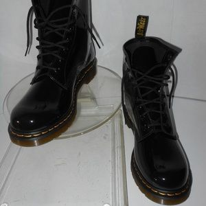 DR. MARTENS 1460 ANKLE BOOTS SIZE 11 MEDIUM